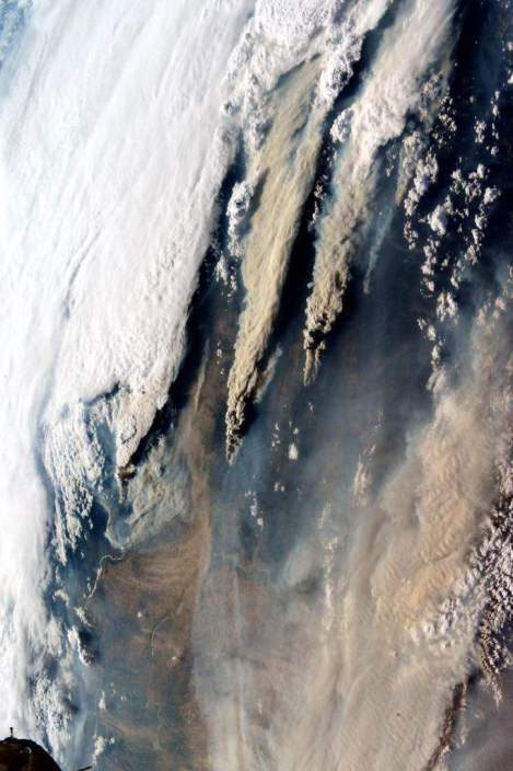Astronaught Photo Wildfires August 18